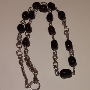 Glass Beads An Silver Tone Necklace
